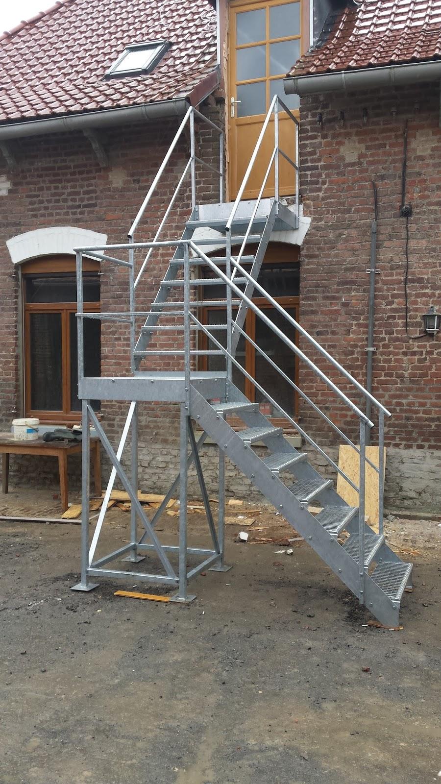 blog de la maison de l 39 imaginarium l 39 ambiance factory 100 sur mesure escalier d. Black Bedroom Furniture Sets. Home Design Ideas