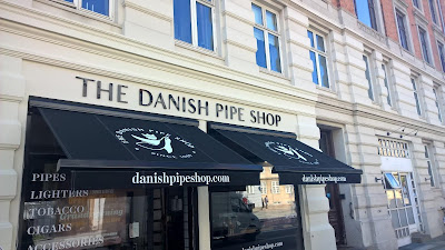 http://www.pipegazette.com/2016/10/regardez-le-nouveau-danish-pipe-shop_3.html