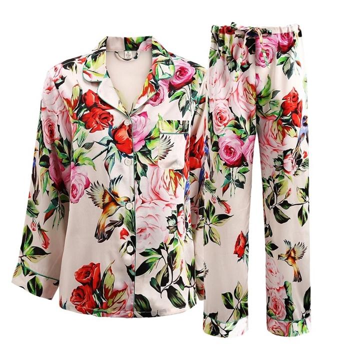 https://www.freedomsilk.com/19-momme-ivory-floral-printed-women-silk-pajama-set-p-127.html