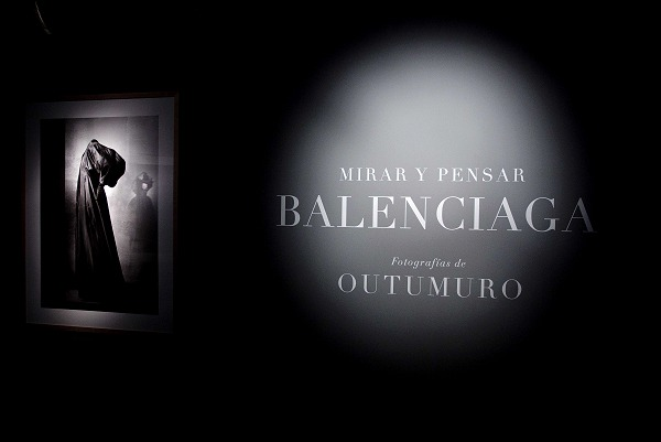 balenciaga-vintage-fashion-photography-outumuro