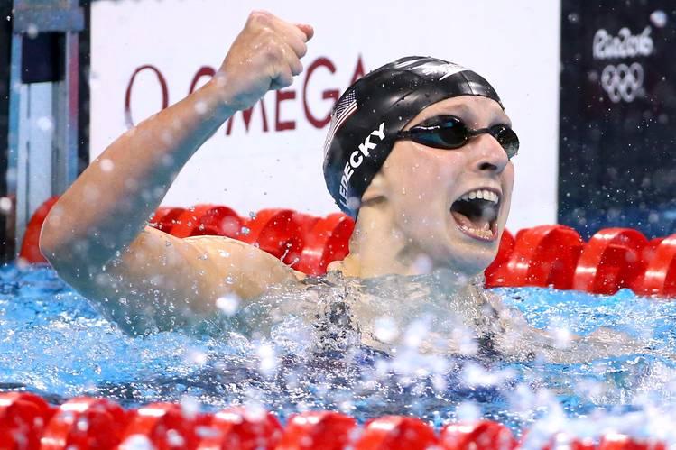 Katie Ledecky Wins 800m Freestyle Gold Medal