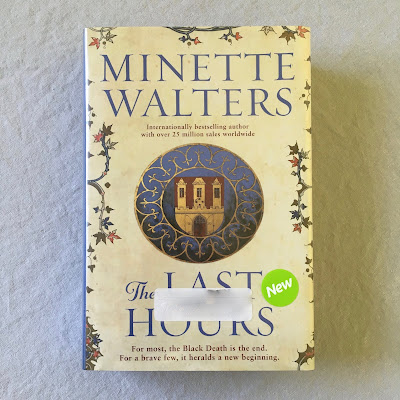 Two Hectobooks | The Last Hours by Minette Walters