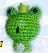 http://bertorulez.blogspot.com.es/2011/03/patron-frog-kawaii-prince-descargable.html