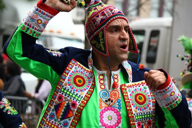 grupo de danza tradicional boliviana Tinkus Pachamama