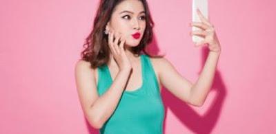 Tips Agar Tetap Cantik Saat Selfie