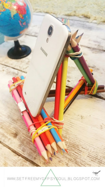 diy smartphone charging tripod dock tutorial