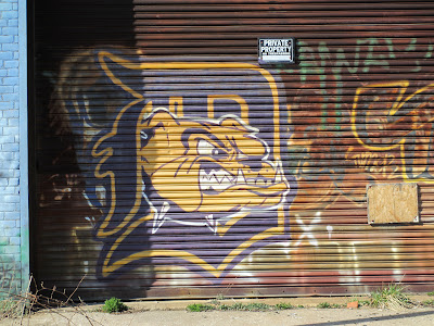 bulldog street art Detroit