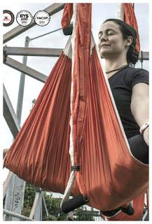 Yoga, columpio, hamaca, trapecio, trapeze, swing, balançoire, suspension, acro