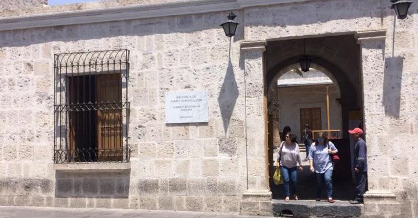 Premio Nobel de Literatura, Mario Vargas Llosa entregará lote de libros a su ciudad natal Arequipa