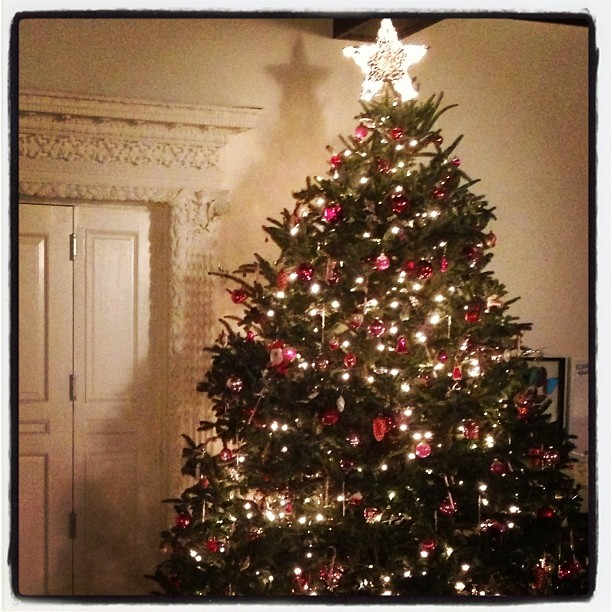 The Best Of Celebrity Christmas Trees @mirandakerr - Cool Chic Style Fashion