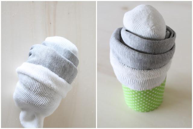 DIY Babymuffin Geschenk zur Geburt statt Windeltorte Anleitung Schritt fuer Schritt 4