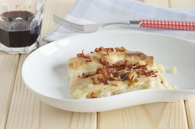 Cannelloni di ceci ripieni con patate formaggi e speck