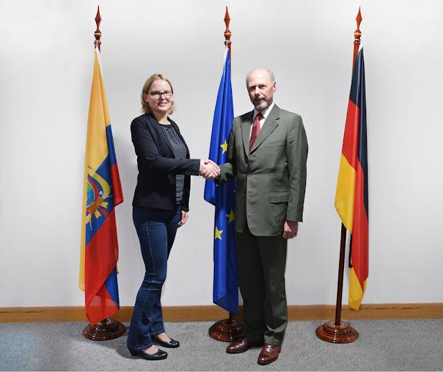 Banco Procredit firmó acuerdo con Alemania para beneficiar a estudiantes