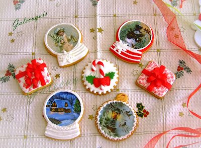 Galletas Navidad decoradas en glasa y papel de azúcar