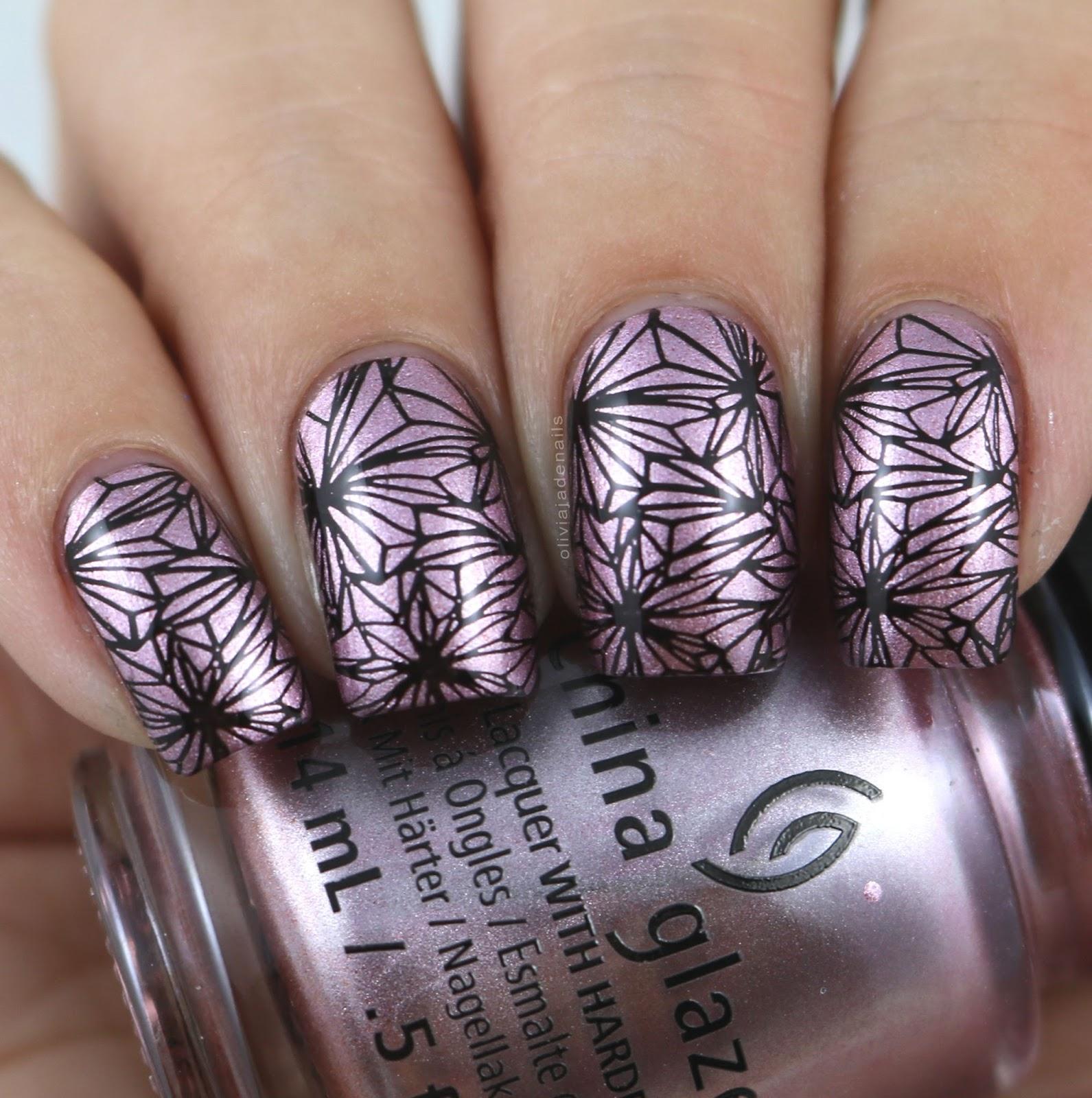 Olivia Jade Nails: 26 Great Nail Art Ideas: Metallic And One Colour