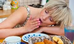 Γιατί μετά από ένα γεύμα νιώθουμε υπνηλία;