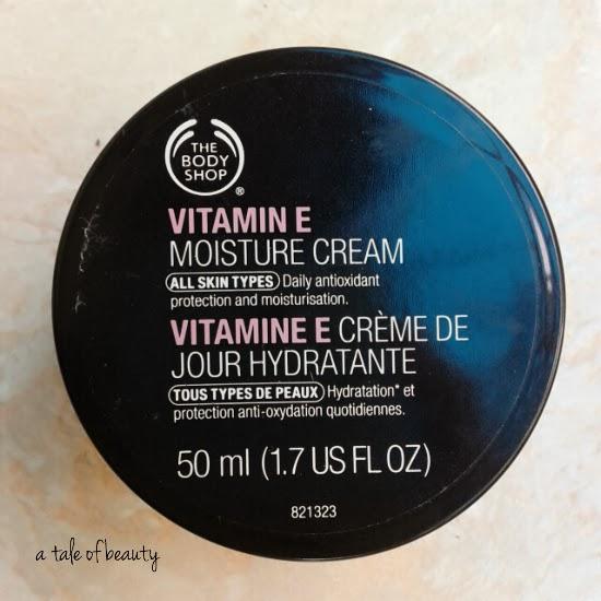 Body Shop Drop Of Light Day Cream Review: One Fine Day: REVIEW: The Body Shop Vitamin E Moisture Cream