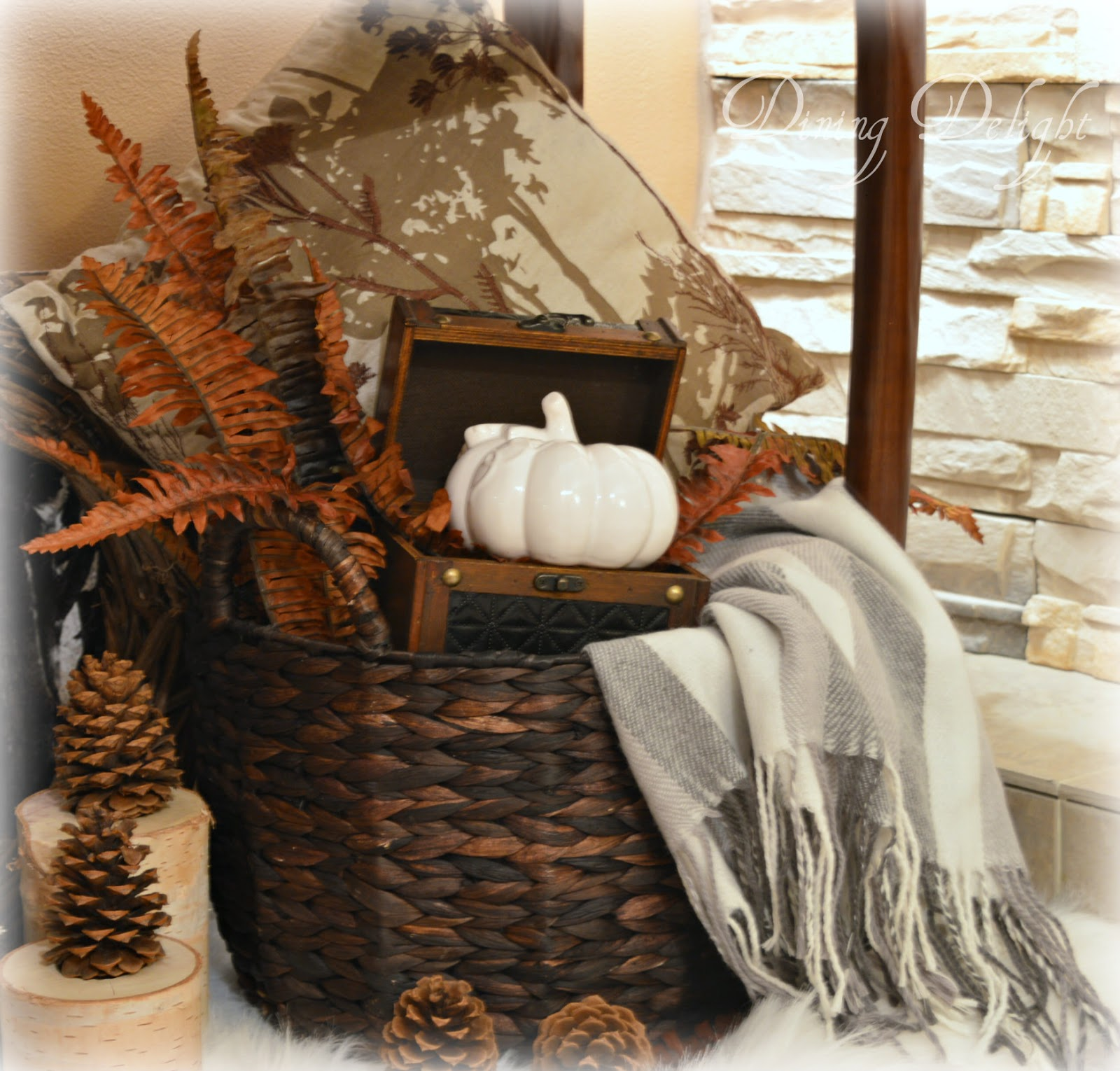 Dining Delight Lodge Style Fall Display