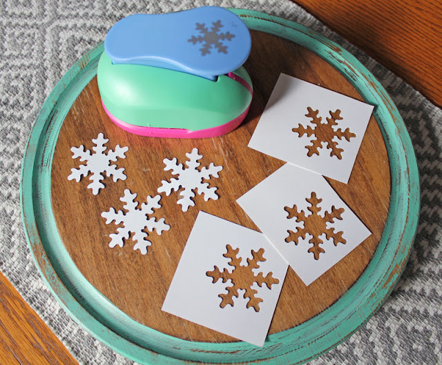Snowflake crafts- Itsy Bits And Pieces
