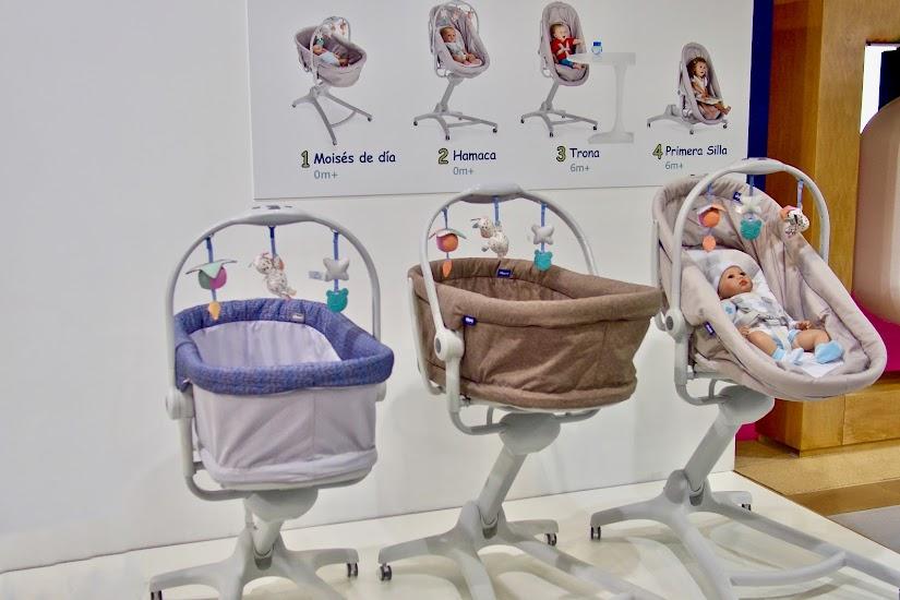 BabyHug 4 in 1 Moisés convertible en hamaca, trona y primera silla