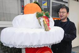 巨大鏡餅ポスト 中河郵便局