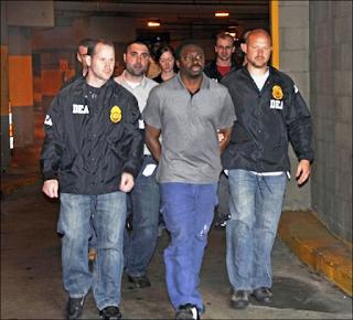 Akon criminal mind lyrics