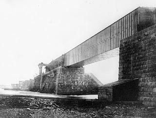 Ponte de Vitória, em construção