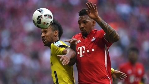 Boateng đã phải ngồi dự bị 62 phút trong trận gặp Dortmund ở bán kết Cúp Quốc gia Đức
