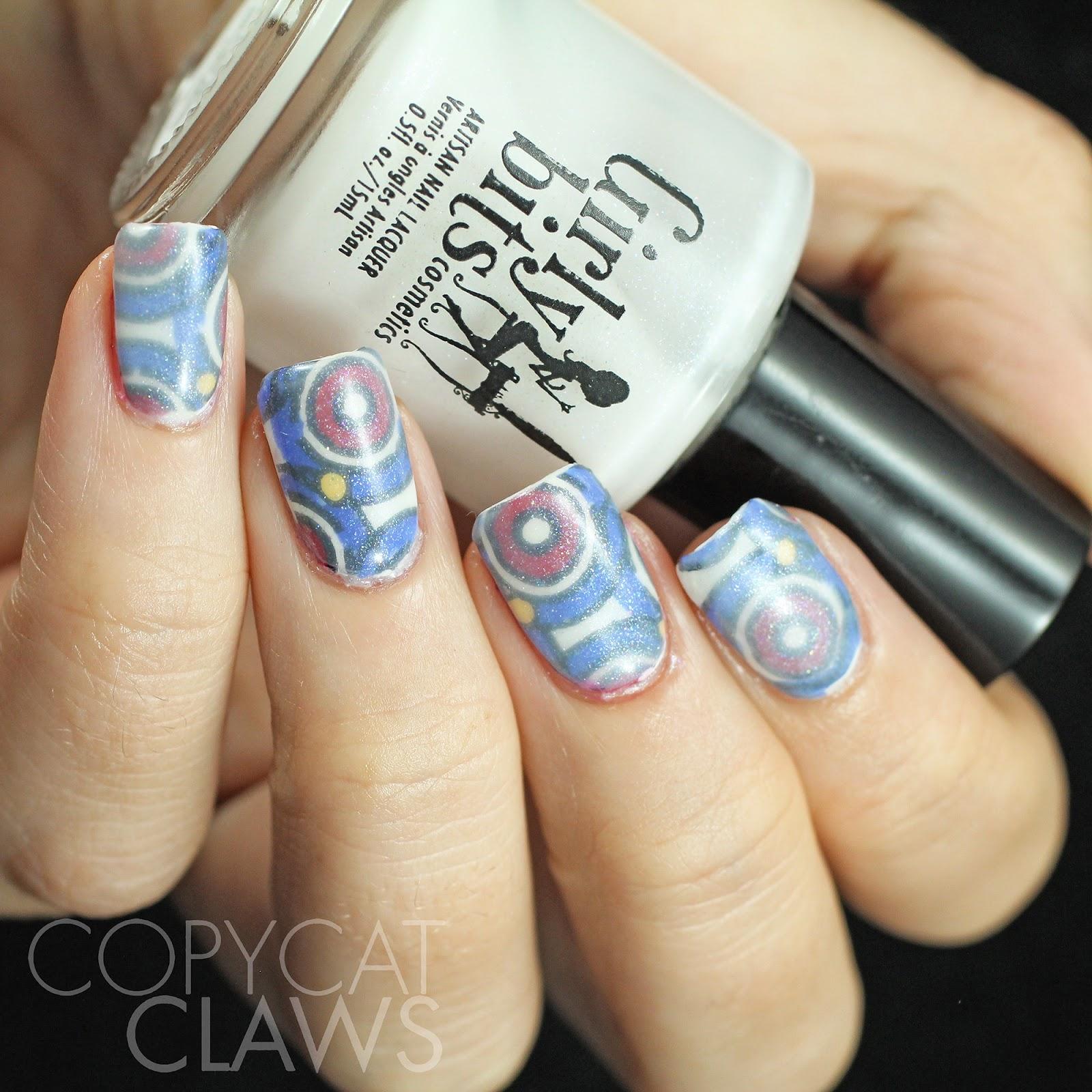 Copycat Claws Blue Color Block Nail Art: Copycat Claws: 40 Great Nail Art Ideas