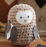 http://translate.google.es/translate?hl=es&sl=en&tl=es&u=http%3A%2F%2Fwww.sweetlivingmagazine.co.nz%2Fcrochet-a-toy-owl%2F