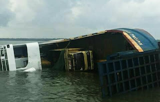 Berita Kapal Tenggelam Di Pelabuhan Tanjung Kalian mentok Bangka Barat