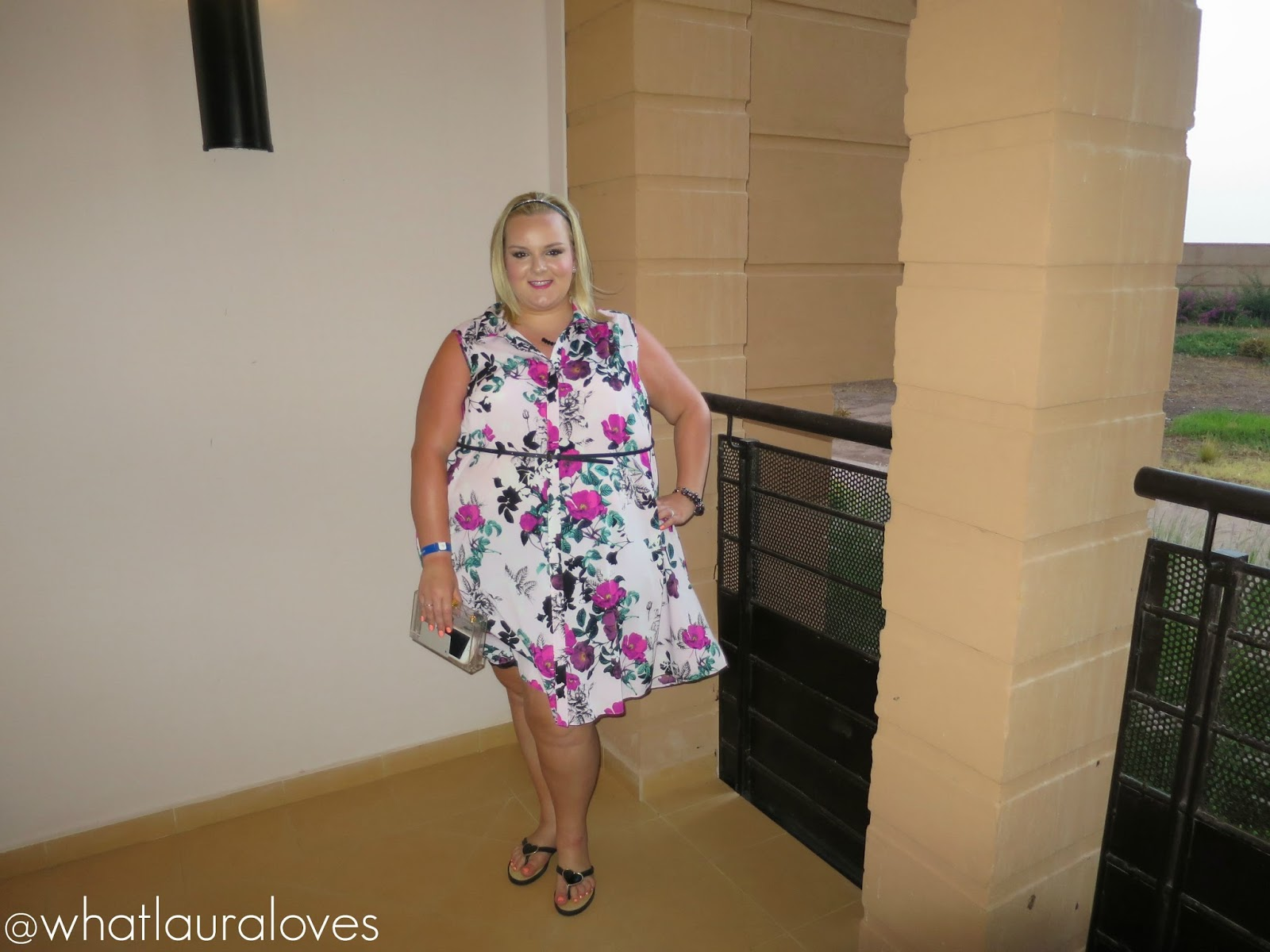 0ff89429a66 WhatLauraWore  Plus Size Summer Holiday Lookbook - What Laura Loves