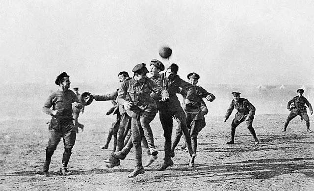 Primeira Guerra Mundial: Trégua de Natal de 1914
