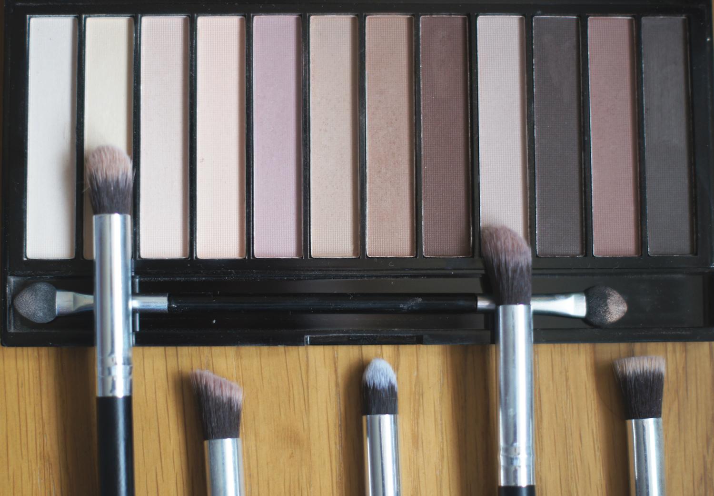 matte nude eyeshadow palette