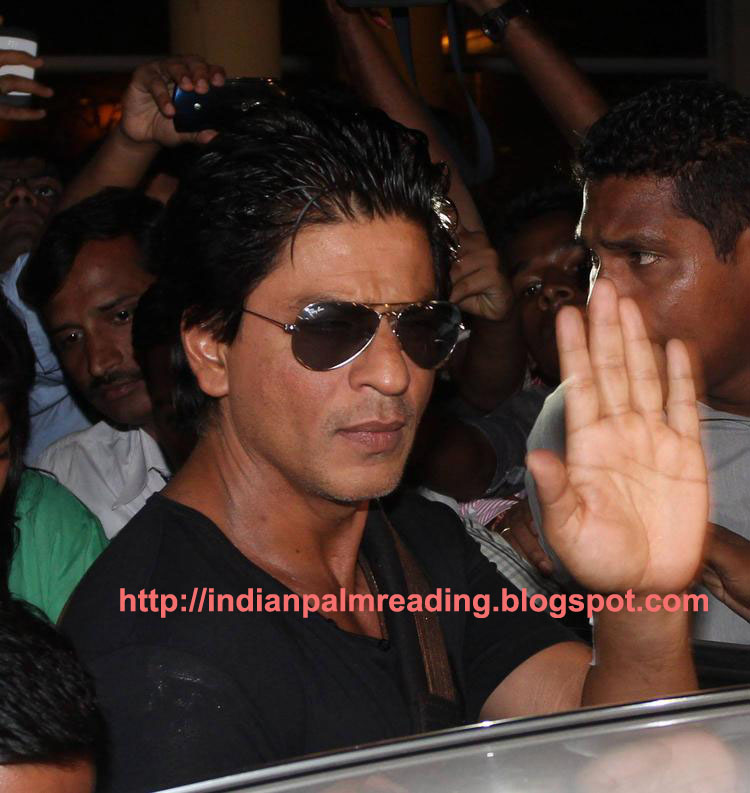 shahrukh right and left hand palmistry