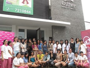 klinik Esther House of Beauty