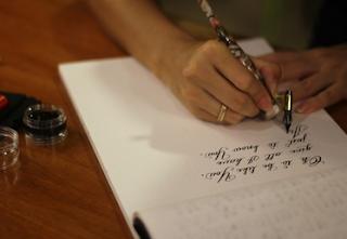 Contoh Kalimat Tunggal dan Kalimat Majemuk Rapatan Predikat