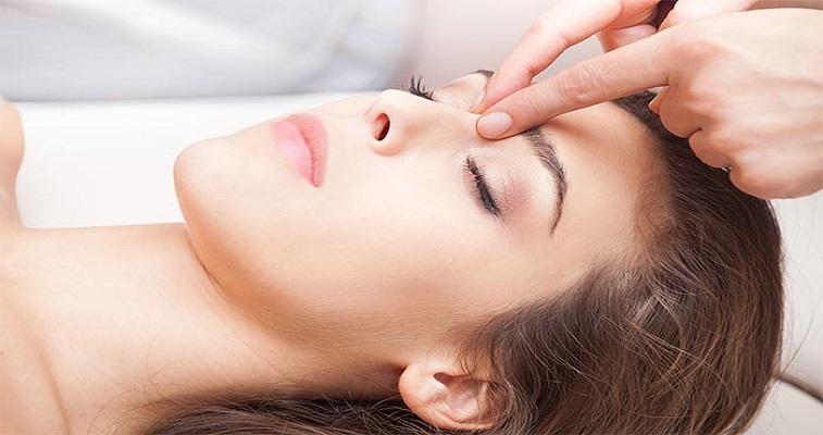 Eyes to Nose Massage