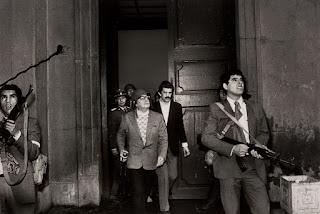 la foto del aa'±o 1973, temprano pasan los aviones