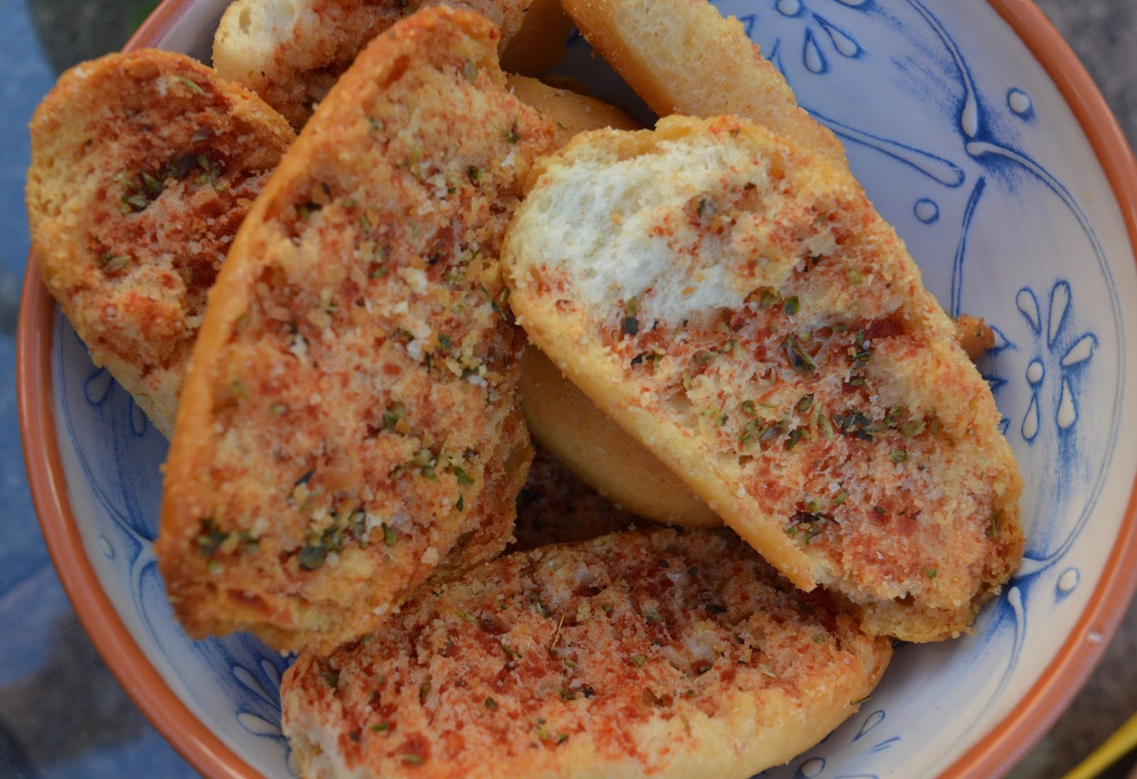 Top Tips for beating the post-holiday blues when you're back at home - tomato bread