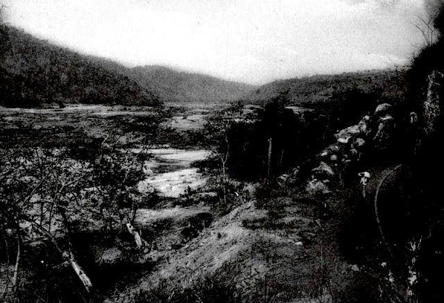 Paisagem na margem do rio Doce, 1910. Acervo Arquivo Público do Espírito Santo.