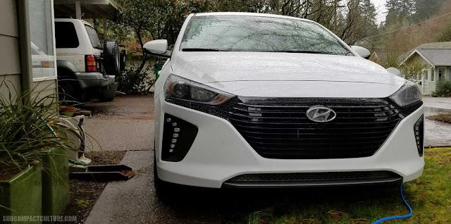 2018 Hyundai Ioniq Plug-In Hybrid charging