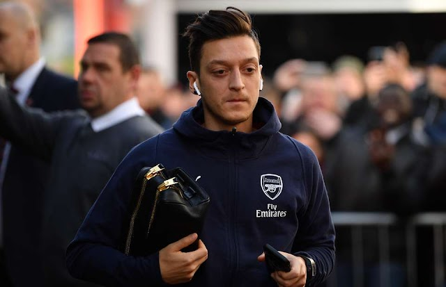 Mesut Ozil Hints He Won't Leave Arsenal For Emery
