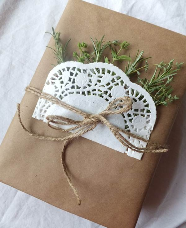 Original Gift Wrapping Ideas 10