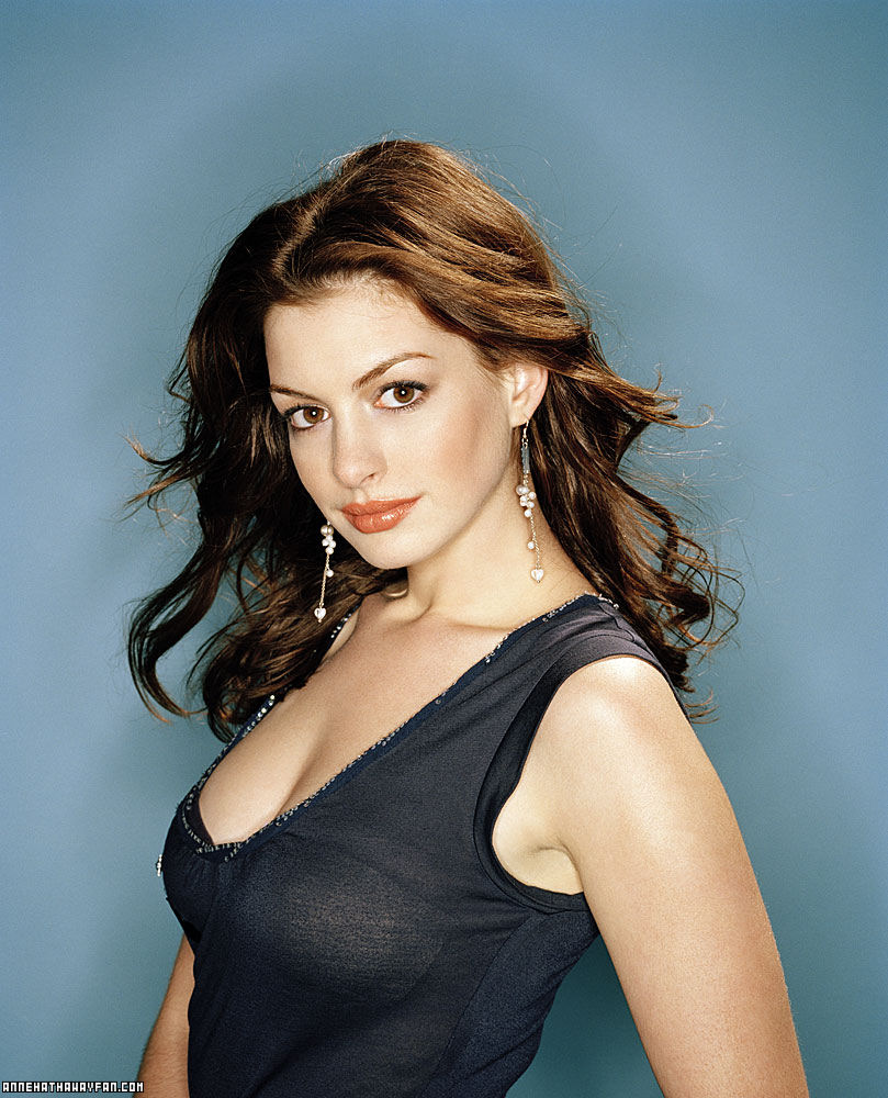 Anne Hathaway Pictures Gallery 26  Film Actresses-1984