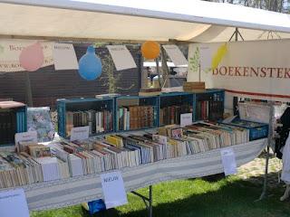 Boekenstek op de markt