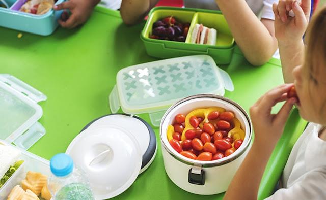 Recomendaciones para una lonchera escolar saludable deben tener tres componentes