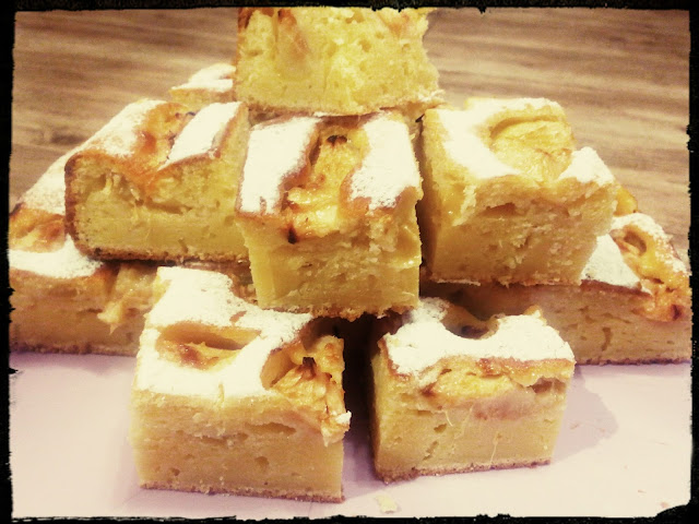placek ciasto z kaszy manny z morelami ciasto jogurtowe ciasto z jogurtu ciasto z owocami