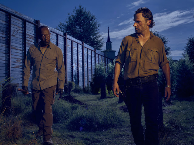 Lennie James como Morgan e Andrew Lincoln como Rick Grimes – The Walking Dead _ temporada 6, Gallery – Photo Credit: Frank Ockenfels 3/AMC