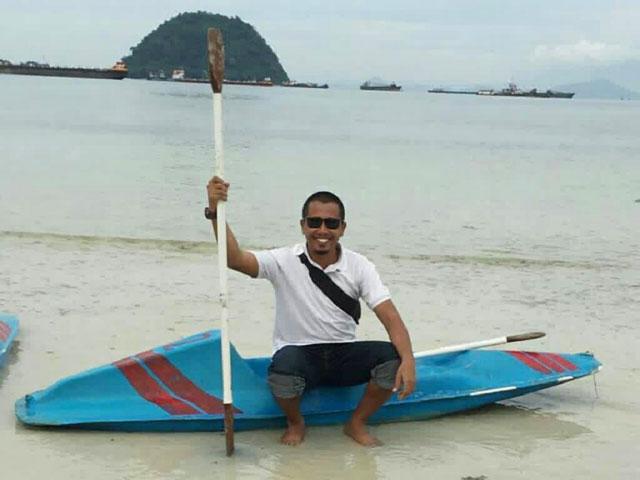 bermain kano di pasir putih lampung